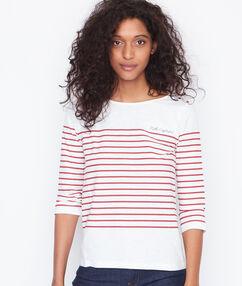 Camiseta estilo marinero cerise.