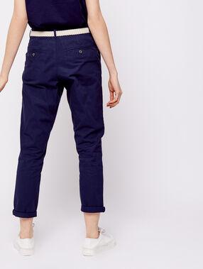 Pantalón con cinturón de algodón bio azul marino.