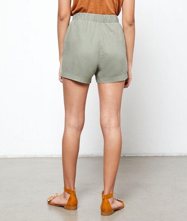 Pantalón corto con lazada