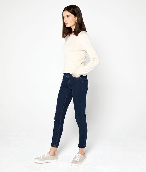 Suéter cuello de barco de punto fino
