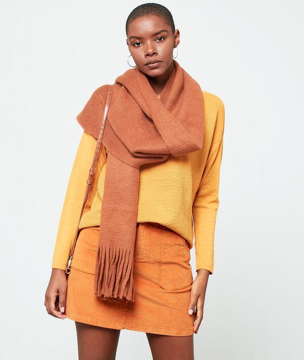 Bufanda lisa con flecos