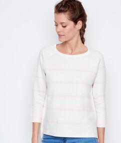 Jersey cuello barco estampado a rayas blanco.