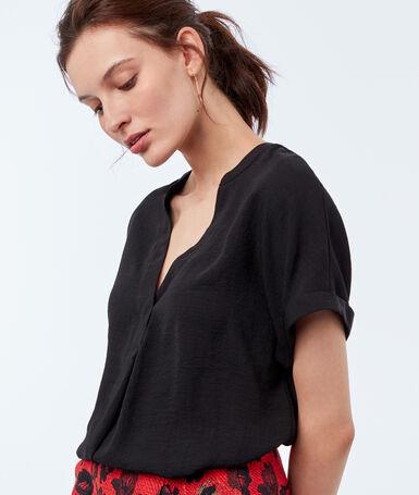 Blusa escote tunecino negro.