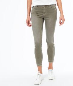 Pantalon skinny khaki.