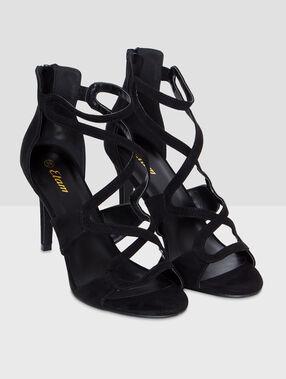 Sandales à talons noir.