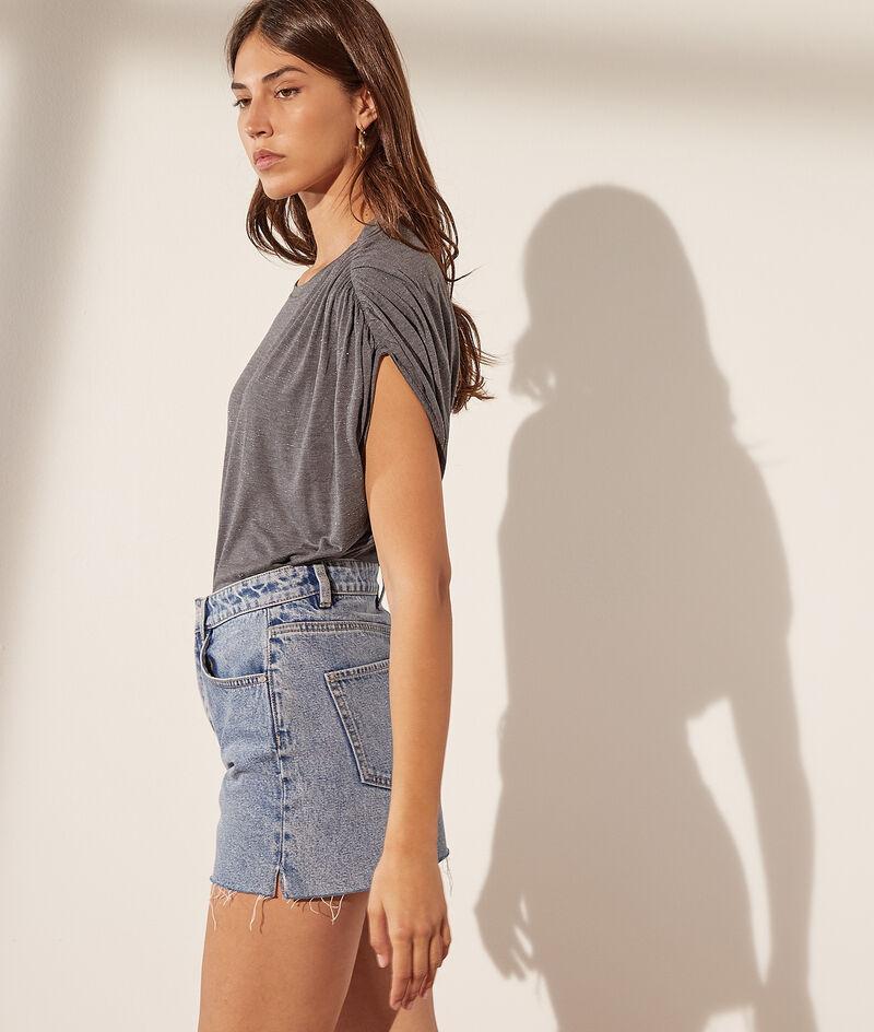 Camiseta manga ancha, hilos metalizados