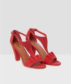 Sandales à talons geranium.