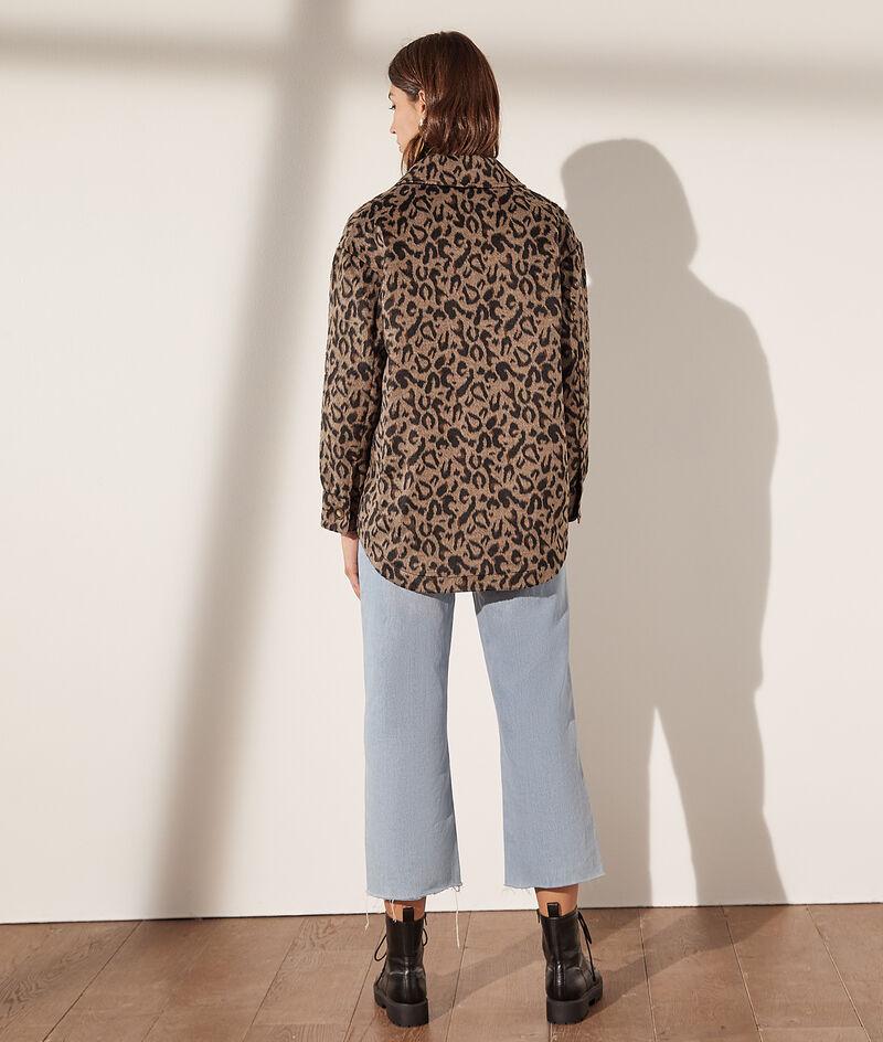 Sobrecamisa con bolsillos, estampado leopardo