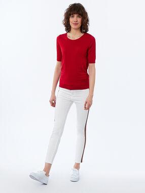 Pantalón estrecho franja lateral crudo.