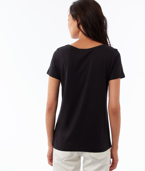 Camiseta detalles flecos