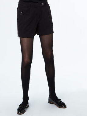 Pantalón corto con botones negro.
