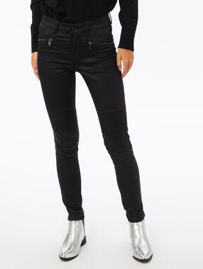 Pantalón efecto brillante con cremalleras negro.