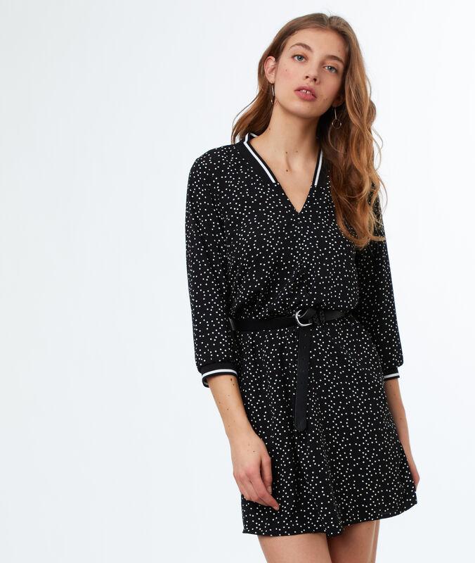 Vestido holgado estampado de lunares negro.