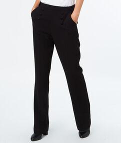 Pantalón largo con botones negro.