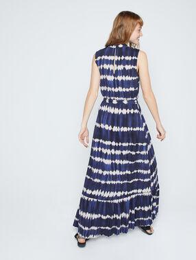 Vestido largo estampado tie-dye azul marino.