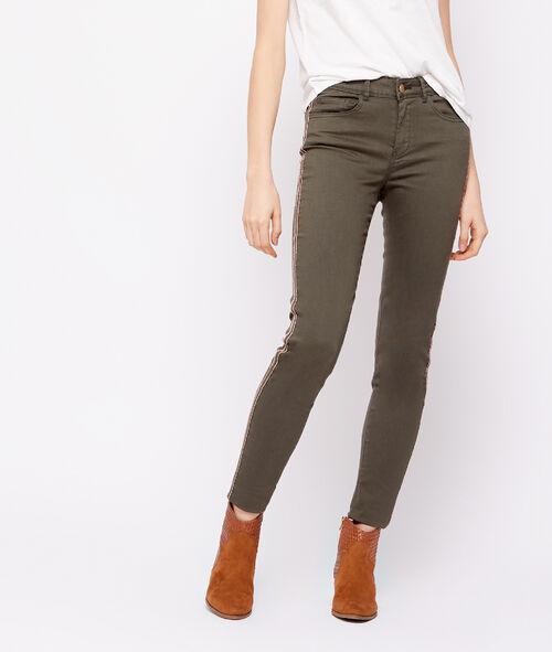 Pantalón skinny con franjas laterales
