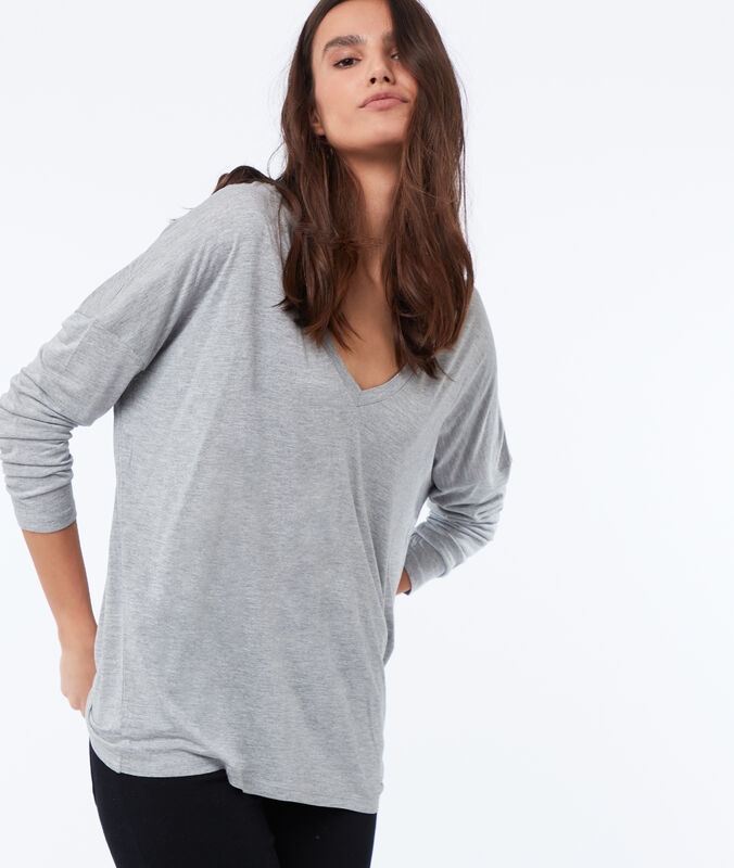 Camiseta manga larga lisa escote en v c.gris.