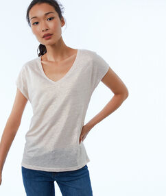 Camiseta lino escote en v maquillaje.