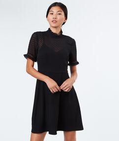 Robe bi-matière noir.