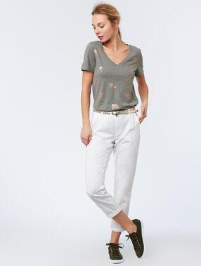Camiseta manga corta estampada caqui.