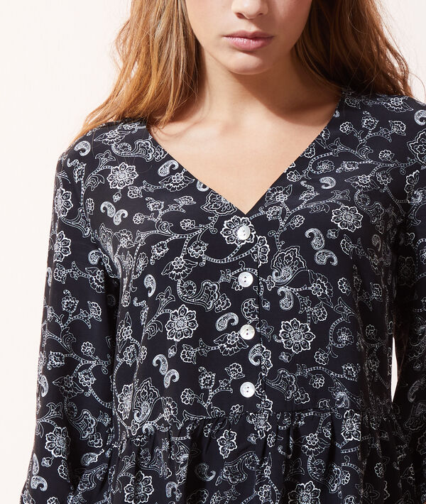 Blusa estampada con botones