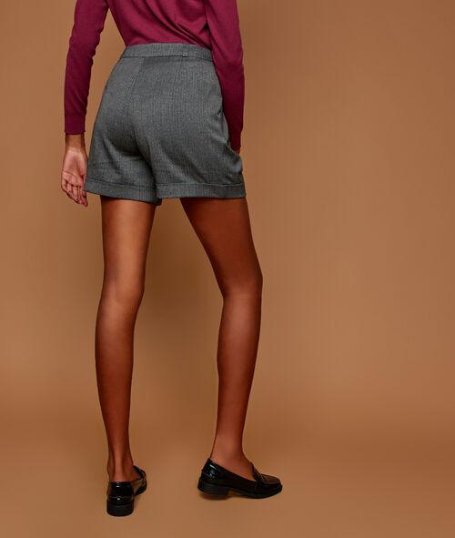 Pantalón corto holgado