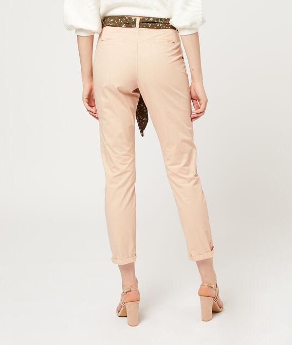 Pantalón recto con cinturón pañuelo
