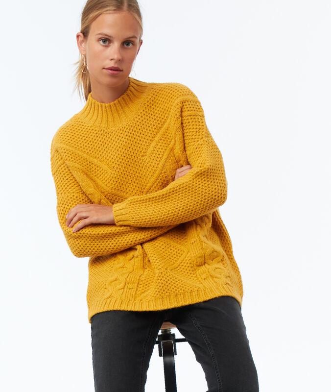 Jersey de punto tricotado amarillo.