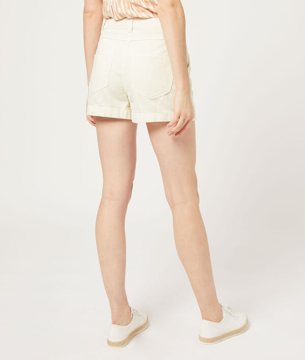 Pantalón corto con pinzas