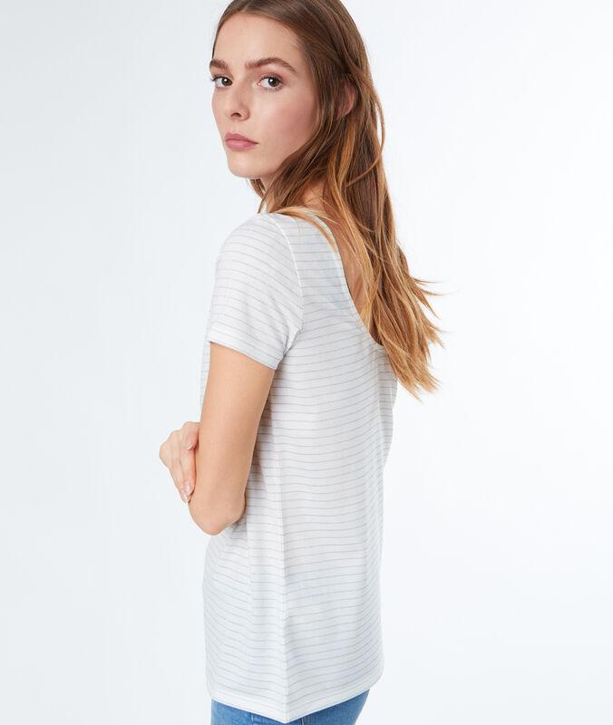 Camiseta estampado a rayas crudo.
