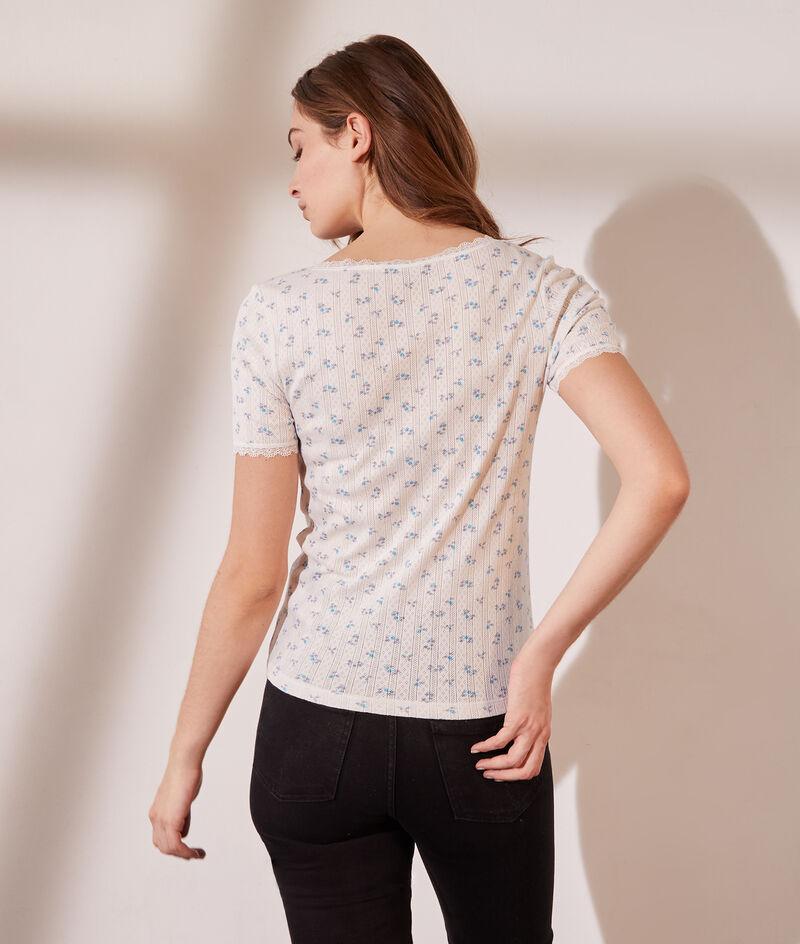 Camiseta estampado floral, motivos de encaje