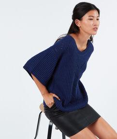 Pull oversize en laine mélangée bleu roi.