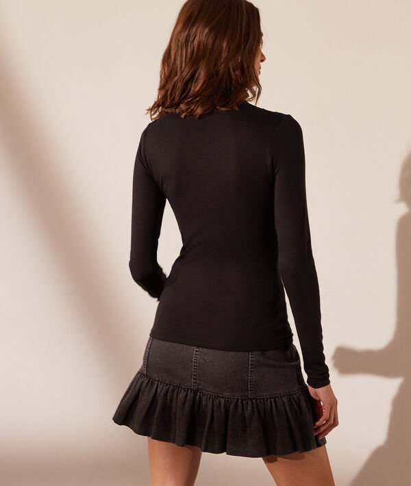 Jersey cuello alto, motivos de encaje