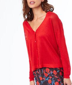 Chaqueta cuello en v rojo.
