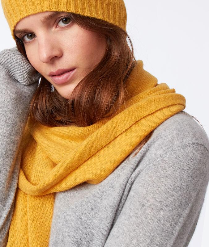 Bufanda 100% cachemir amarillo.