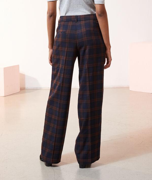 Pantalón ancho con pinzas