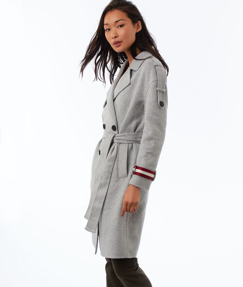 Abrigo largo estilo militar