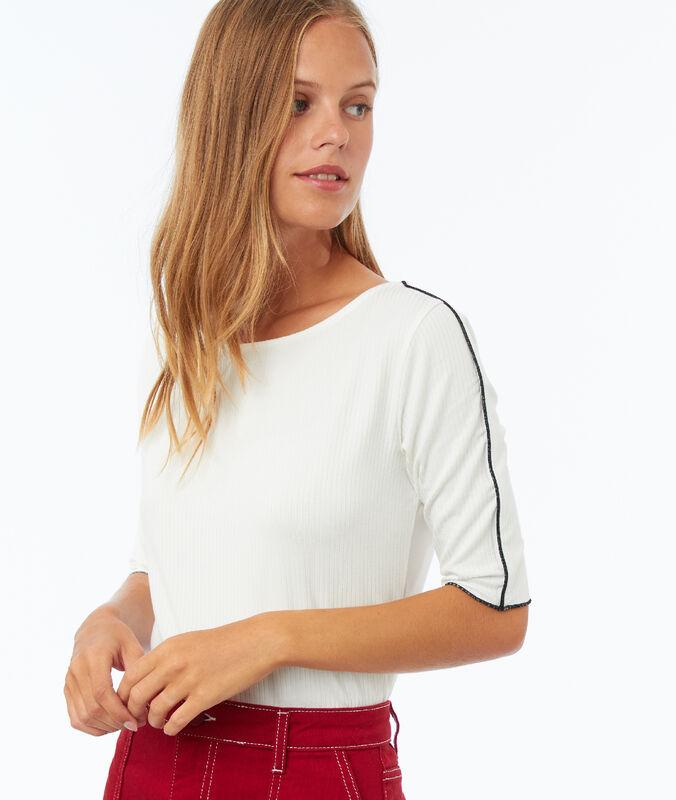 Camiseta franja lateral crudo.