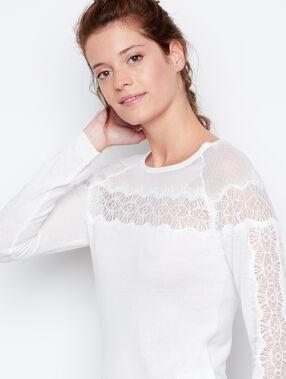 Jersey motivos de encaje blanco.