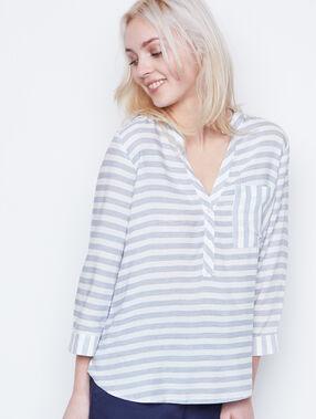 Camisa manga 3/4 escote en v a rayas blanco.