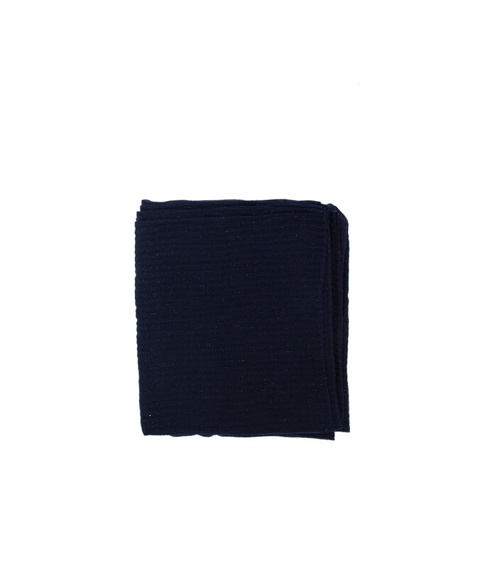 Pañuelo con hilos metalizados azul marino.