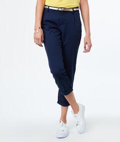 Pantalon carotte 7/8 en coton bleu marine.
