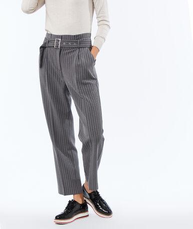 Pantalón talle alto con cinturón raya diplomática c.gris.