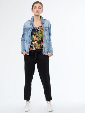 veste en jean strass aux épaules bleu délavé moyen.