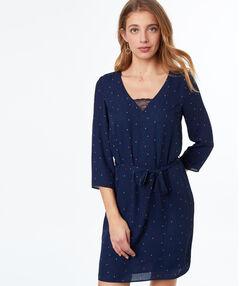Vestido holgado estampado azul marino.