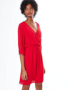 Vestido holgado rojo.