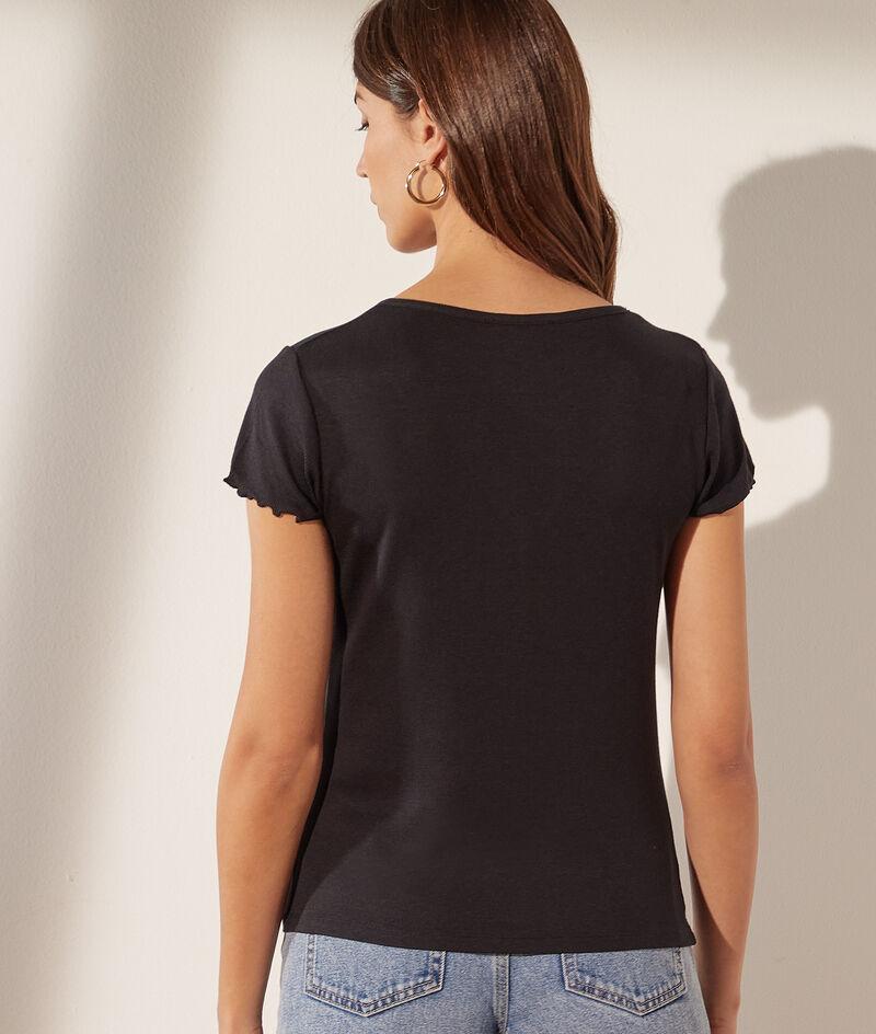 Camiseta escote en V con botones