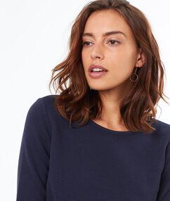 Jersey manga 3/4 azul marino.