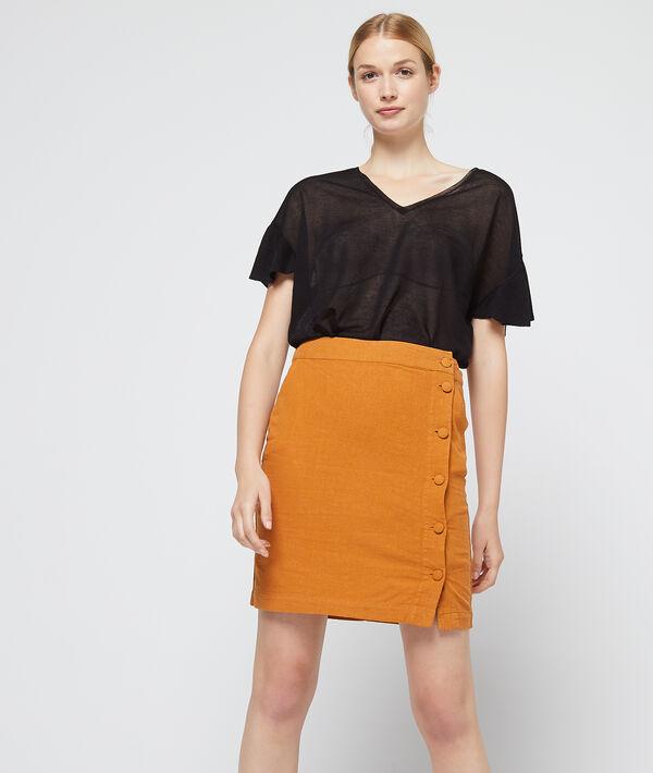 Falda recta abotonada
