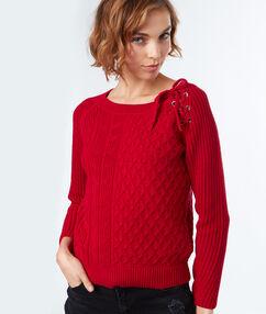 Jersey fino cordones cruzados en el hombro rojo.